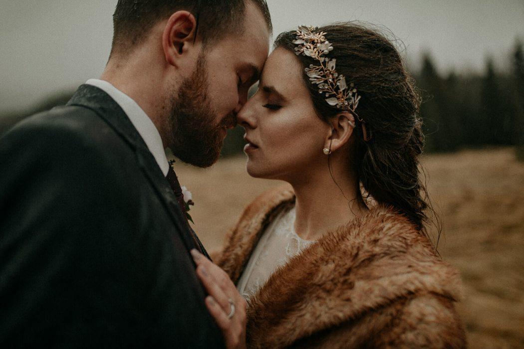 Bre&James-elopement-in-Banff-Alberta-Canada-by-destination-weddding-photographers-Heartmade-Weddings-fotografos-de-boda-Bilbao-San-Sebastian-Pais-Vasco